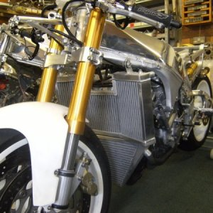 YZF750 With Various Kit Reproduction Parts Fitted by Peter Day